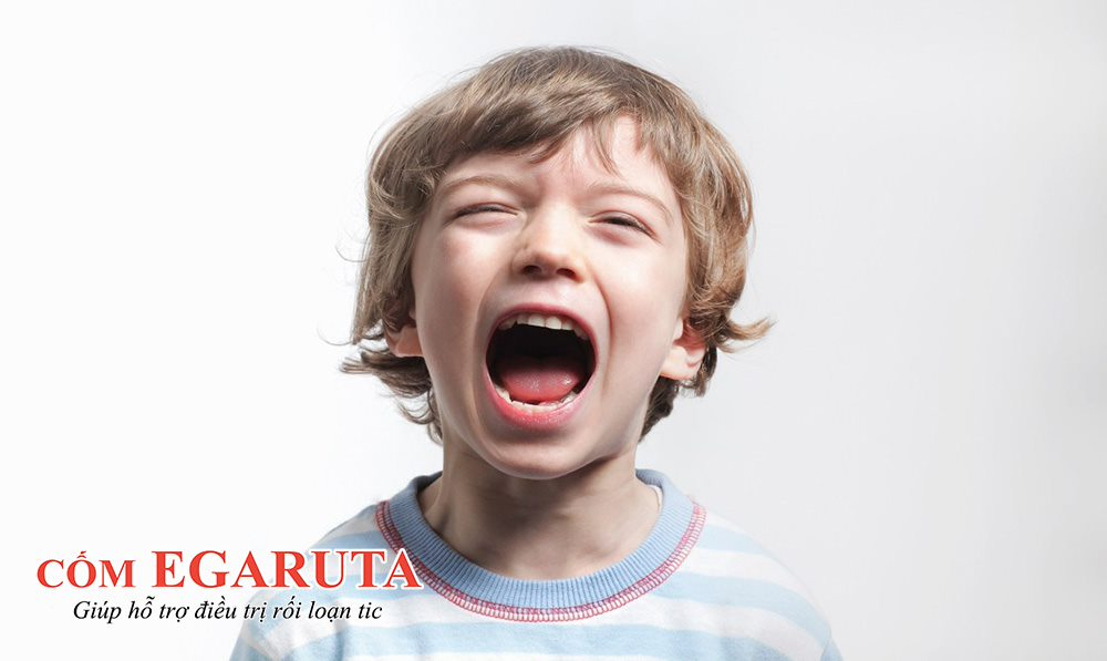 Trẻ mắc bệnh tic hô hấp có thể đột ngột hét lên